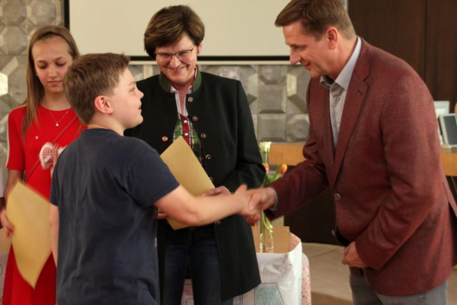 Angelobung des neuen Kinderbürgermeisters Nils